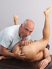 Tyler Hunt massaged by older Jake