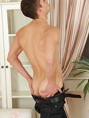 Sexy hunk Jake Dante spreads his bare ass.