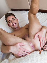 Tristan Archer Rides Valentino Medici's Muscle-Daddy Dick